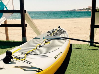 Aguadulce 海滩划桨冲浪租赁 2 小时