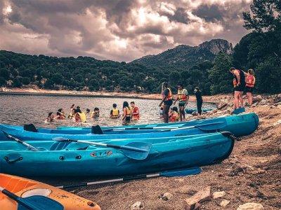 Paseo en canoa doble por el pantano de San Juan 8h