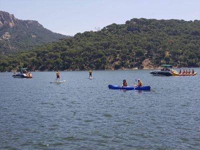 Paseo en canoa doble por el pantano de San Juan 2h