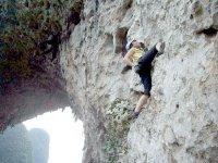 disfrutando de la practica de la escalada.jpg