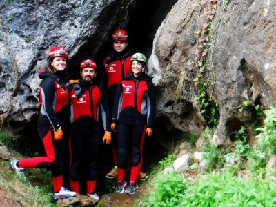 Aquatic Speleology in Alcudia de Veo and photos