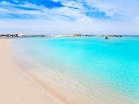 电梯岛最美的海滩福门特拉岛