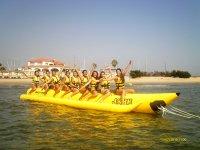 黄色冲浪babana