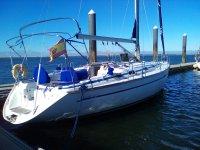 船在ria de Huelva