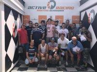 Grupo en el podio del karting en Benidorm