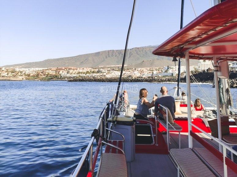 在特内里费岛租用独家帆船