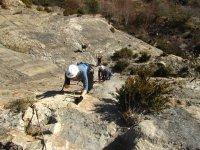 铁索攀岩在阿利坎特探洞