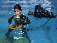 潜水为孩子们的孩子一个有趣的活动将享受学习