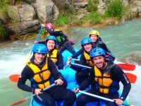 Compartiendo balsa de rafting en Castellon
