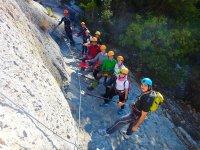 En grupo en la linea de vida en Castellon