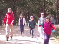 Senderismo una actividad con ninos y padres