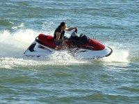 卡斯特利翁水上摩托车出租