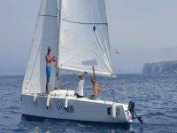 Paseo en velero por la costa de Dénia