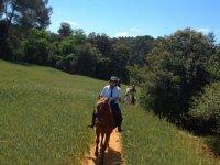 在马背上的道路前往巴塞罗那
