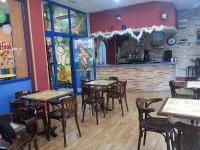 zona de cafeteria para adultos