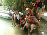 Suelta de animales al río