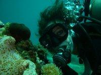 Posando Inmersion配备水下
