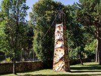 Torre de rocodromo en el campamento