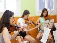 Alumnas de violín