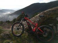 Bicicleta en las cimas de Gredos