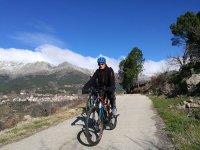 Ciclista de ruta en Gredos