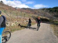 Ciclistas paseando por Gredos