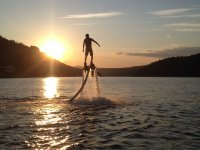 Flyboard mientras anochece
