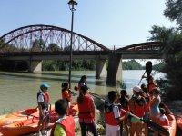 Lezioni di kayak per bambini