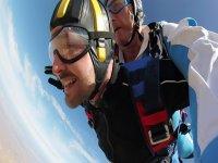 Tandem parachute