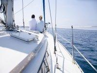 Salida romantica en barco Barcelona