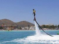 尝试在马略卡岛(Mallorca)的飞行板