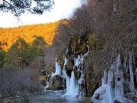 Nacimiento del Rio Cuervo helado
