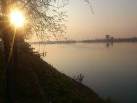 Atardecer en el río Ebro