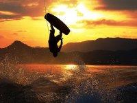 Maniobras de wakeboard