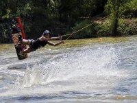 Probando el wakeboard