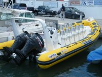 Dragon boat giallo