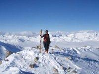 漫步在雪域景观