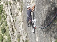 escalando en camarena de la sierra.JPG