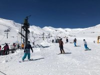 Snowboarding on the slopes of Alto Campoo