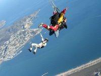 串联跳伞降落伞串联跳伞课程