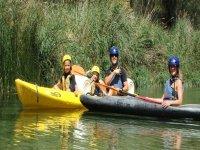 Family route by canoe in El Vado