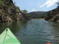 Canoe along the river in Tamajon