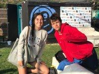 Amigos del campamento de kitesurf