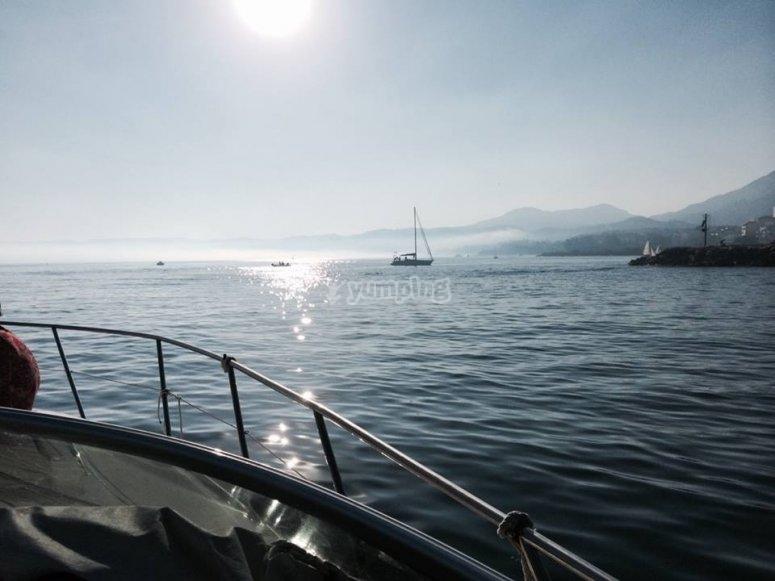 在船上看到海岸