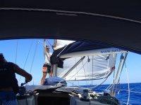 La nostra barca nelle acque di Barcellona
