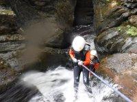 描述水生峡谷