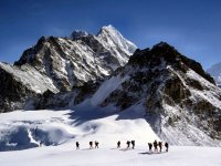 Pedraforca旅社登山探险队图卜卡勒