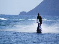 Put into test your jet skiing skills