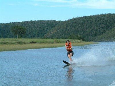 Cesar's Water Sports Esquí Acuático
