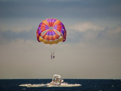 Cesar's Water Sports Parascending
